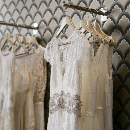 Magasin de robe de mariage paris la mode des robes de france for Boutiques de robe de mariage charleston